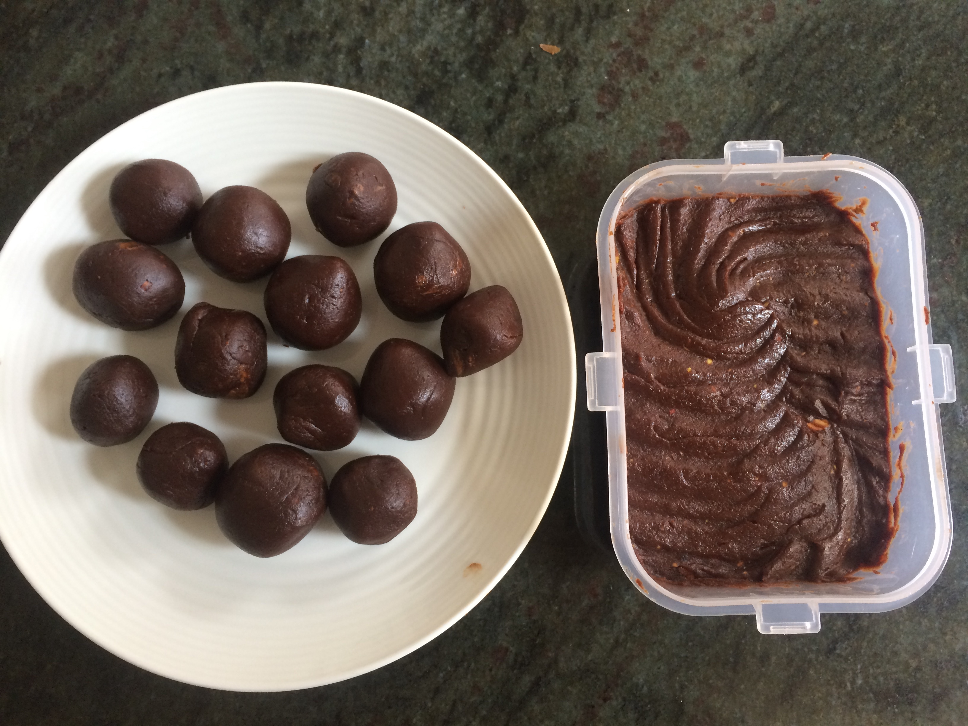 Almond Butter Fudge Cacao Bites