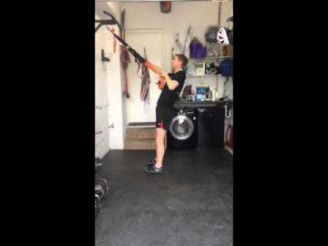 Single Arm Row - (suspension trainer)